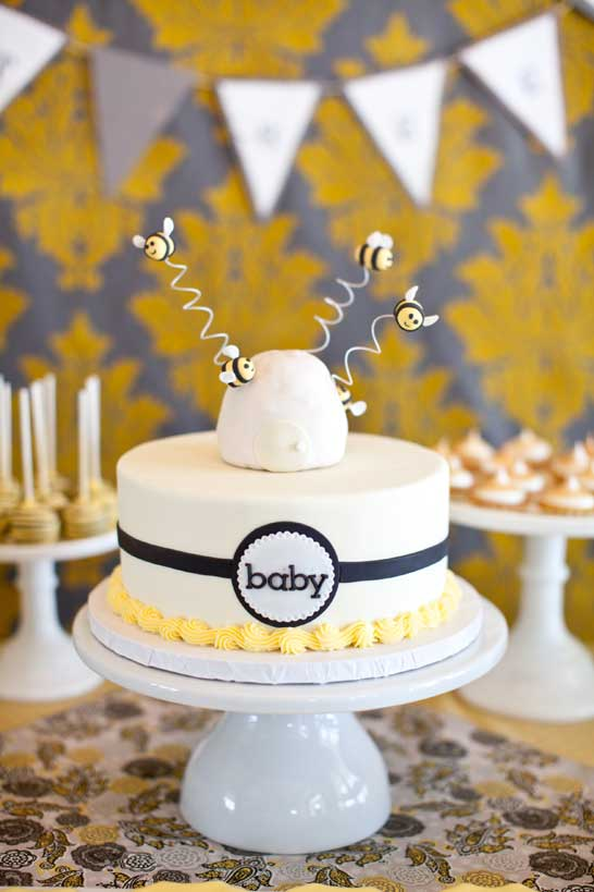 bee-baby-shower-cake