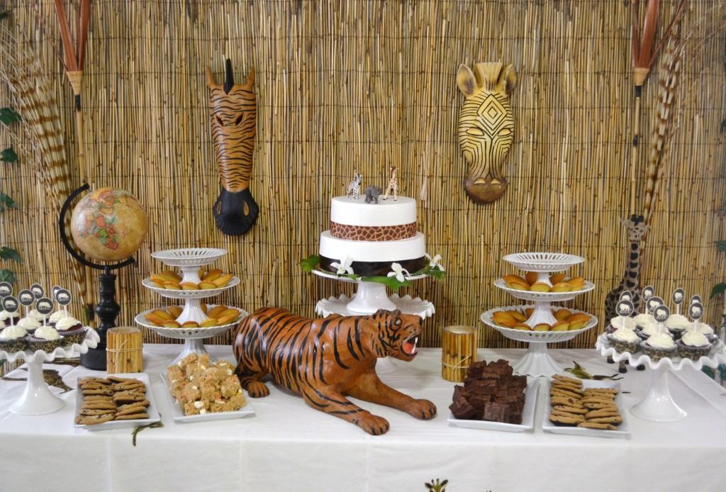 creative baby shower theme a safari inspired theme will fit the bill