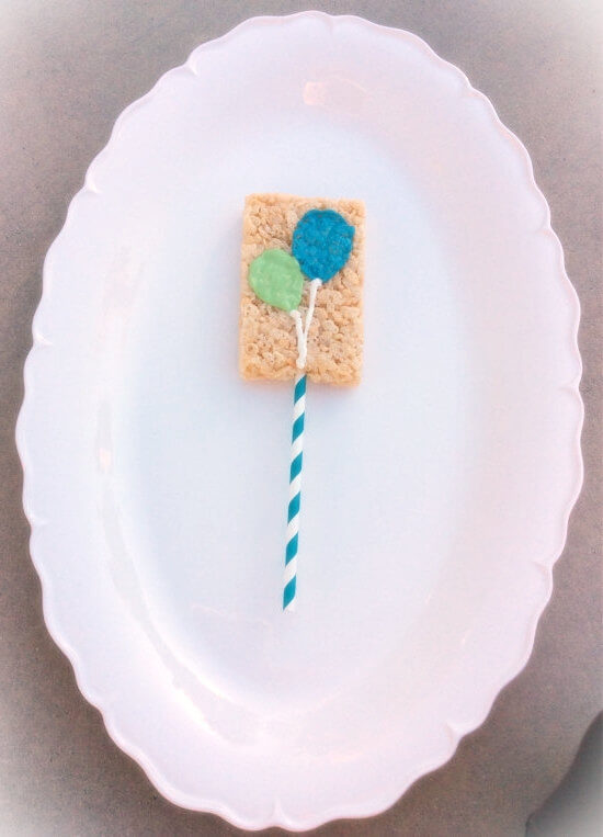 Rice Krispie Crispy Favor With Balloon Decoration